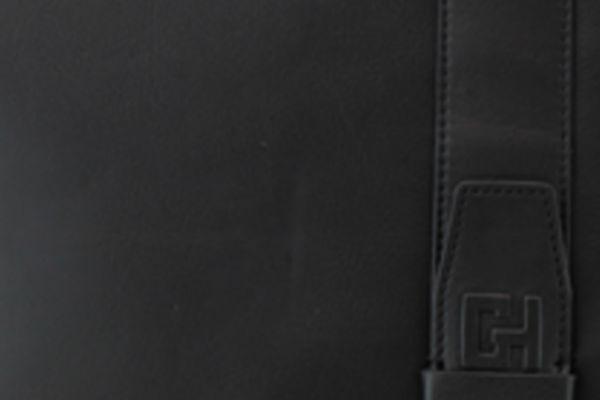 Pochette Gérard Henon Urban GH 2501  Cuir de Vachette lisse souple Noir