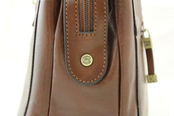 Sac shopping Katana en cuir de Vachette collet K 82529
