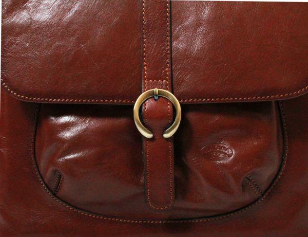 Besace Katana en cuir de Vachette collet K 82632 - Près
